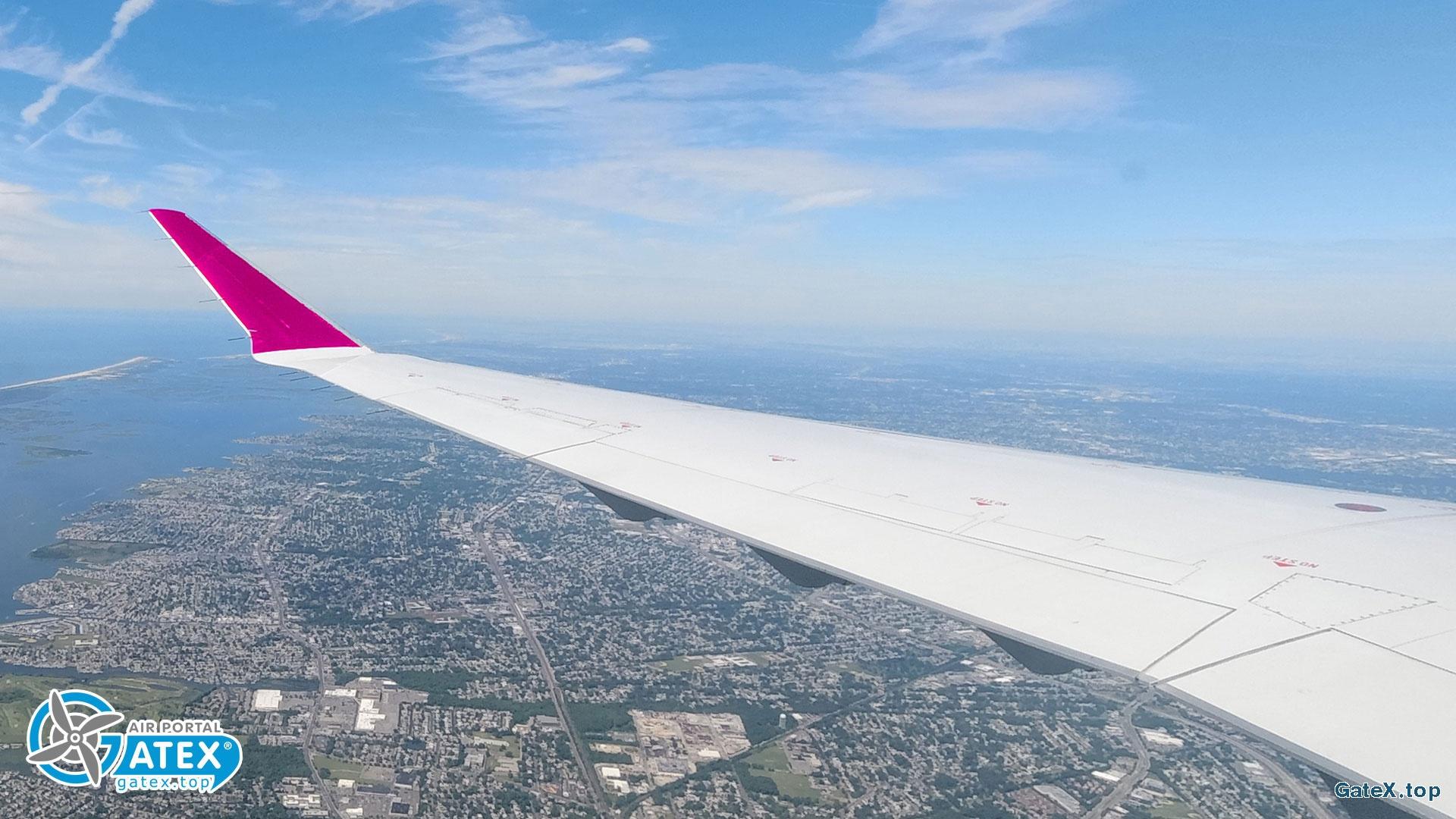 Аэропорт «Киев» открылся для регулярных международных рейсов?