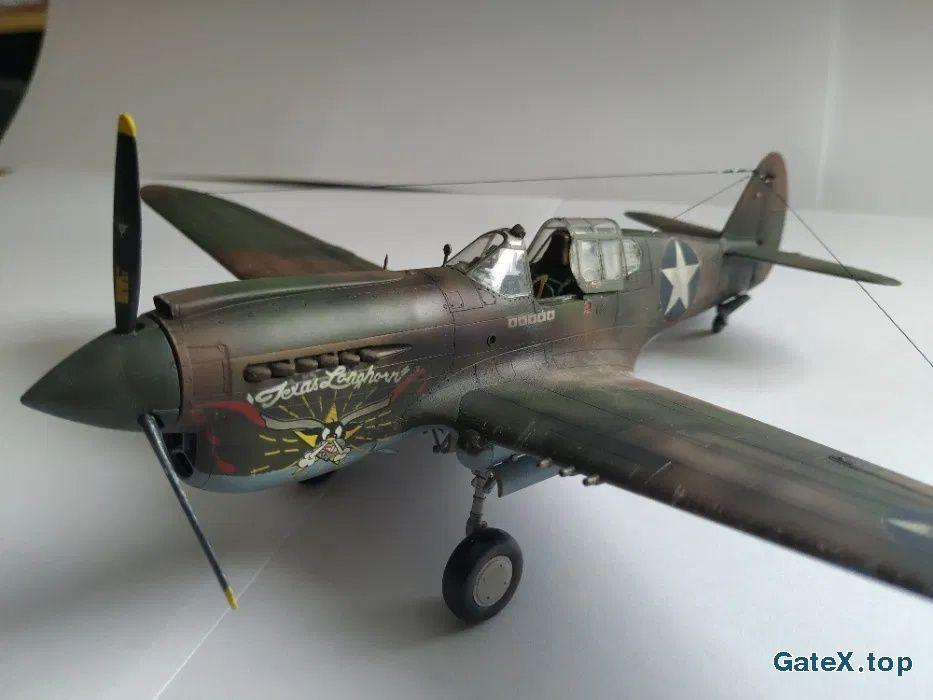 Модель самолета P-40E