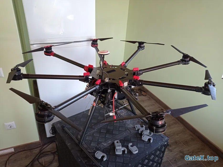 Вантажний дрон октокоптер DJI S1000+
