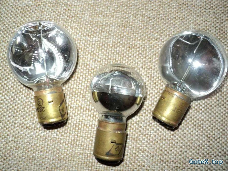 лампочки от мигалок самолета и верталета