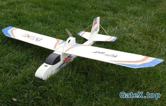 Самолёт планер мотопланер на радиоуправлении RC (turnigy flysky emax)