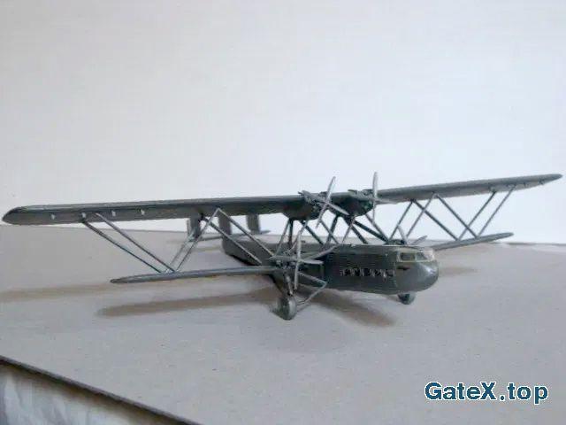 Модель самолета (аэроплана)