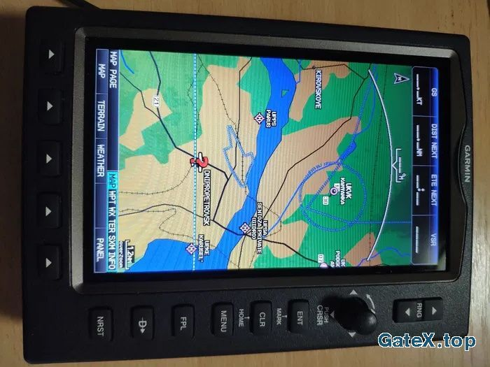 Garmin 696 авиационный навигатор Гармин 696. Базы данных обновлены.